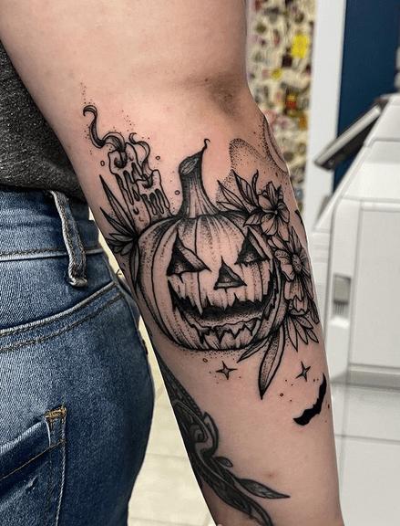 Summer pumpkin tattoo by @rebeccy_tattoos