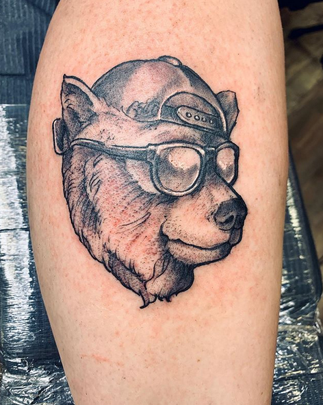 Fun bear tattoo representing California by @littlebabyr