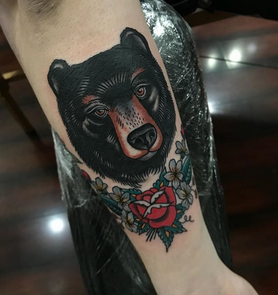 Neotrad gentle black bear tattoo by @bb.tattooer