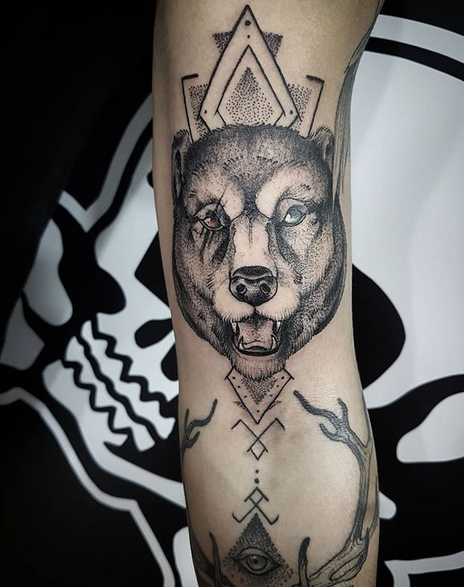 Nordic geometric bear with shading by @sangheroce
