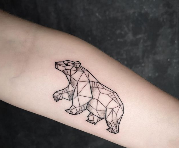 Small geometry bear by @lmn.tt