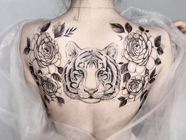 Full back white tiger with flowers tattoo by @tattooist_hyunbaek