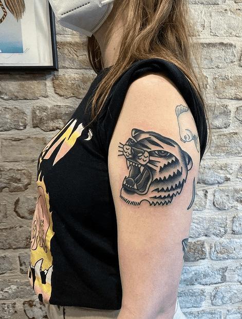 Old school tiger head tattoo design by @keclik