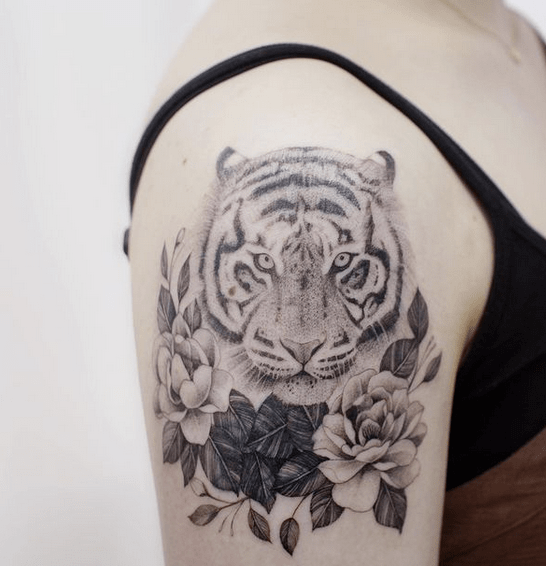 Roses and tiger tattoo design by @tattoowithme