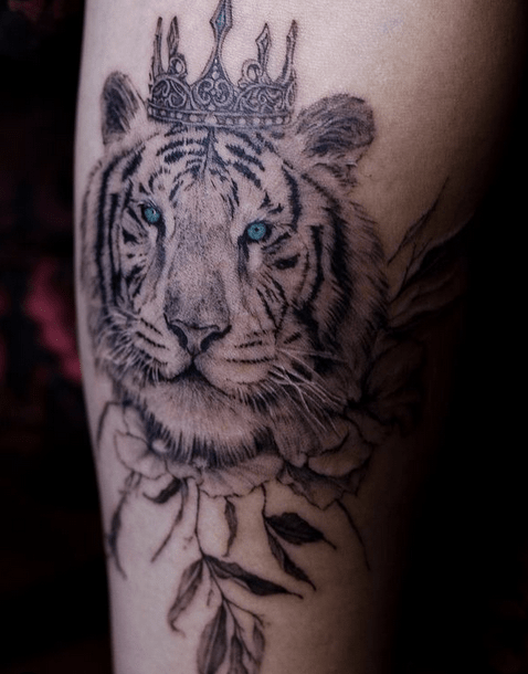 White tiger with a crown tattoo by @dolgorooki