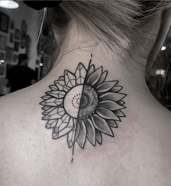 Half sunflower half geometry tattoo by @nairetni