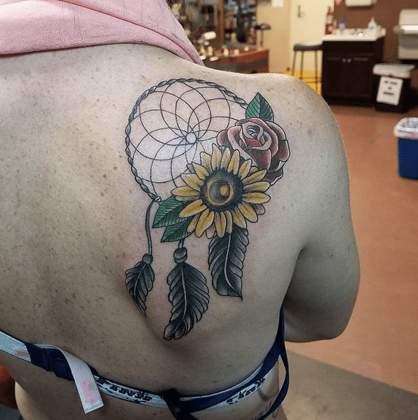 Sunflower and rose dream catcher by @tommyguns__