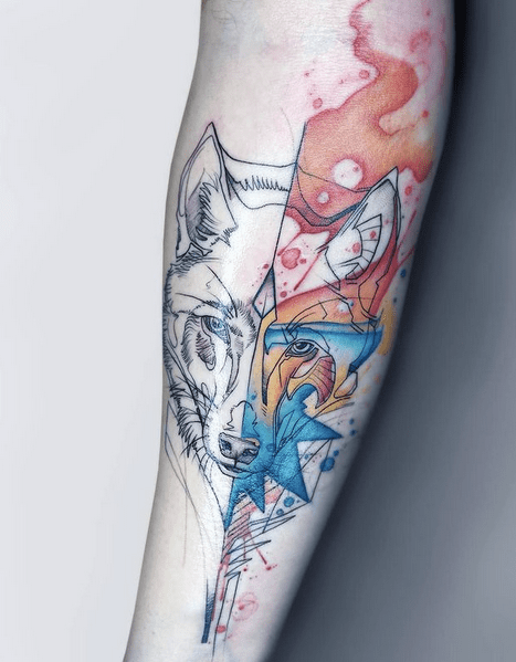 Forearm watercolor wolf tattoo by @miss_pank
