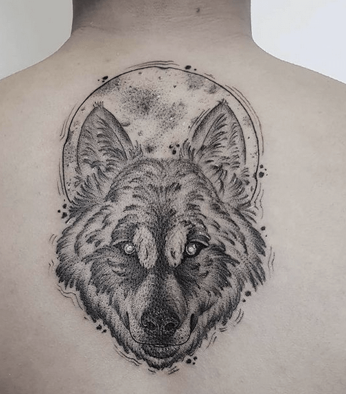 Sketched out wolf moon tattoo by @atomic_jellyfish