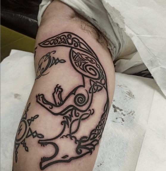 Small Celtic wolf tattoo by @irene_tattoo_artist