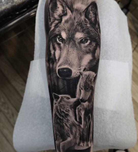Wolf pack tattoo sleeve by @bvnkstreettattoo