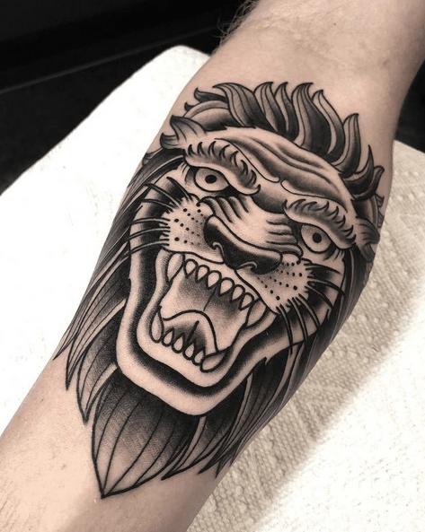 Neotraditional lion head tattoo by @mattstasitattoos