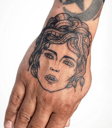 Hand medusa tattoo by @wyldishbambino