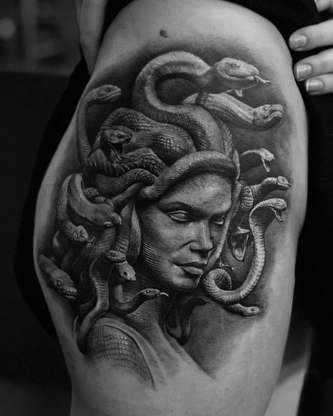 Large realistic medusa thigh tattoo by @popotattoo