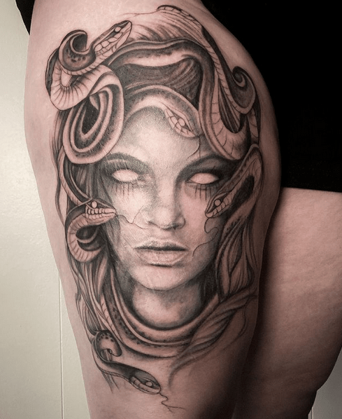 Medusa thigh tattoo by @liz_indelible_ink