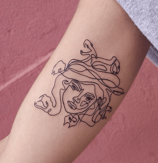 One line medusa tattoo by @eiviink