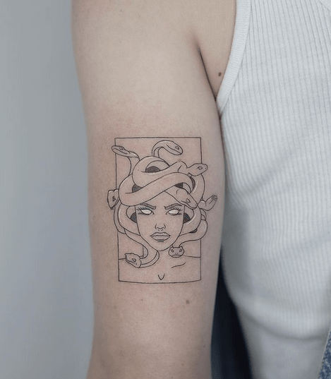 Simple medusa tattoo on the arm by @1mm.tattoo
